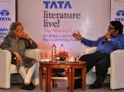 Attending Book Bond Meet Greet with Ashwin Sanghi