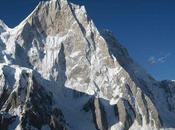 American Alpine Club Hands $12k Fund Climbs