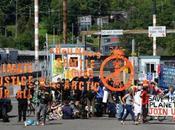 Activists Blockade Shell Way: Harassing Businesses