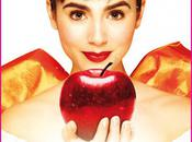 """Mirror Mirror"" Movie Posters Released Julia Roberts Lily Collins Disney Dreaming"