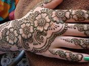 Ladies Love Mehndi Designs Much?