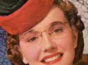 Girls Wear Glasses 1940s Beauty Tips