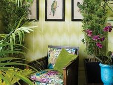 Nailing Tropical Rainforest Vibe