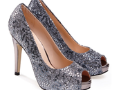 Easy Ways Some Glitz Your Outfits This December