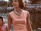 Wear 1960s Accessories