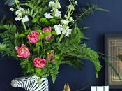 From Super Easy Pro: Zebra Vase Flower Arranging Ways