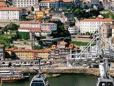 Beyond Tourism: Showing Porto Expat