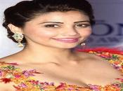 Download Daisy Shah Images,Photo Wallpapers 2017