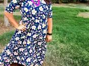 Plus Size Fashion, Outfit Floral Fantasy