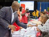 Charitable: Emmitt Smith JCPenney Donate 3000 Uniforms Dallas Students