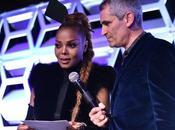 [PICS!]Janet Jackson Receives Music Icon Award Out100 Gala