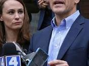 Investigators Appear with Questions Missouri's Capital City, Apparently Turning Heat Gov. Eric Greitens Over Admitted Extramarital Affair