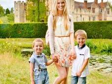 Returning Hever Castle True Tudor Wonderful Family