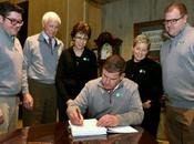 Mayor Walsh, FOPG Sign Historic January 2020