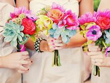 Wedding Bouquet Ideas Complement Your Ensemble
