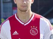Siem Jong Captain Ajax Bargain Signing In-waiting