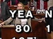 What Really Happened When House Stenographer Pulled Floor? (Video)