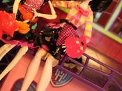 Dolly Review: Monster High Class Skelita Draculaura