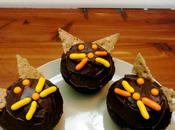 Cat-Themed Halloween Cupcakes