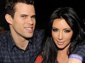 Kardashian Kris Humphries After Just Days, Files Divorce.