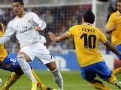 Schalke Real Madrid Look Both Legs