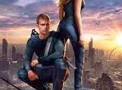 Divergent: Reading Book, Watching Movie