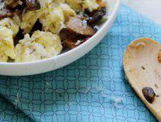 Food: Mushroom Thyme Scrambled Eggs.