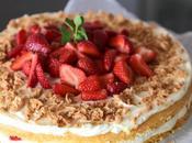 Strawberry Amaretti Mascarpone Cake