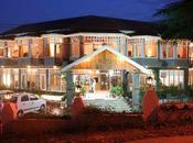 Famous Resorts Manali Honeymoon Couple